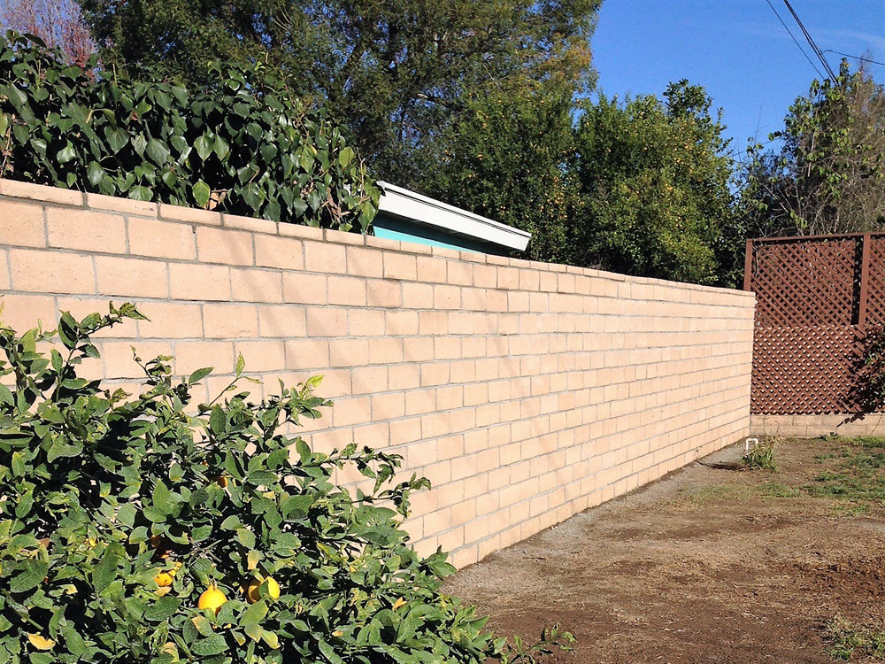Ed's Landscaping Block Wall