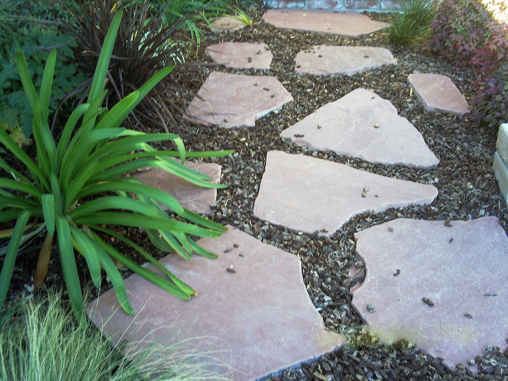Ed's Landscaping natural stone path