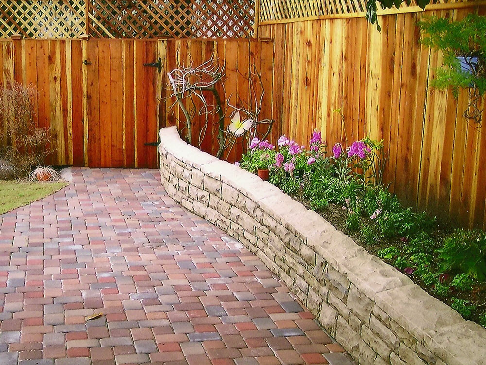 Eds landscaping pavers and garden wall planter